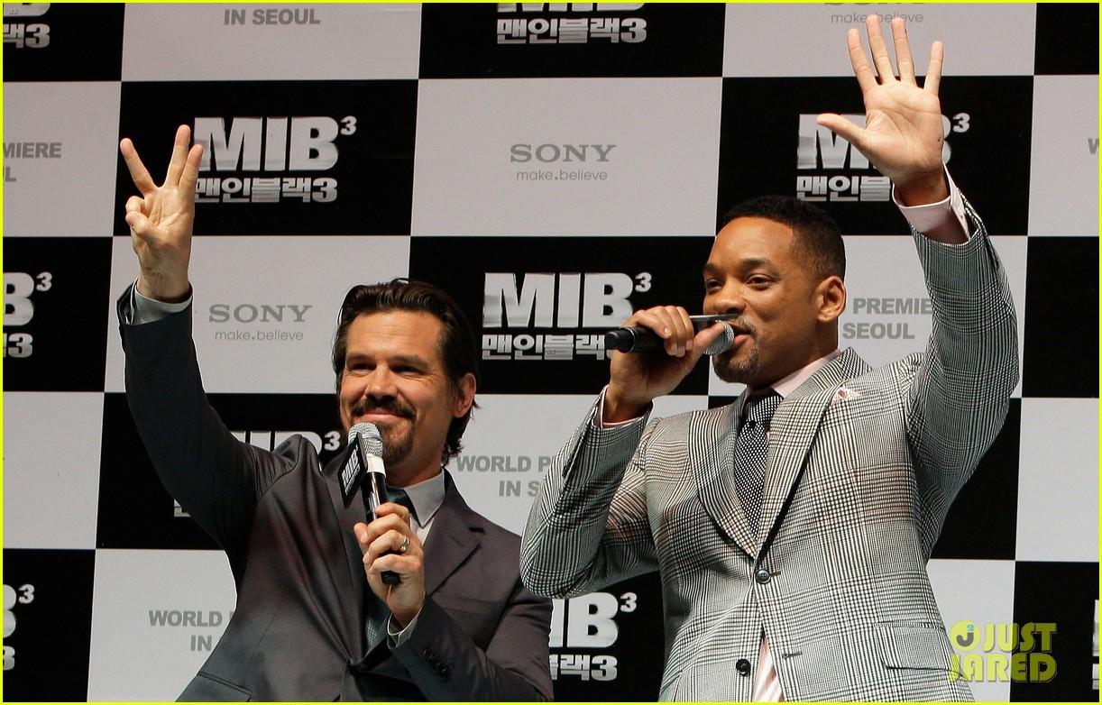 will smith men black 3 korea premiere 122658296
