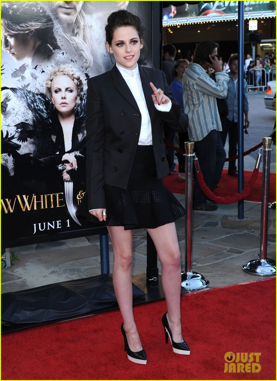 kristen stewart snow white huntsman screening 01