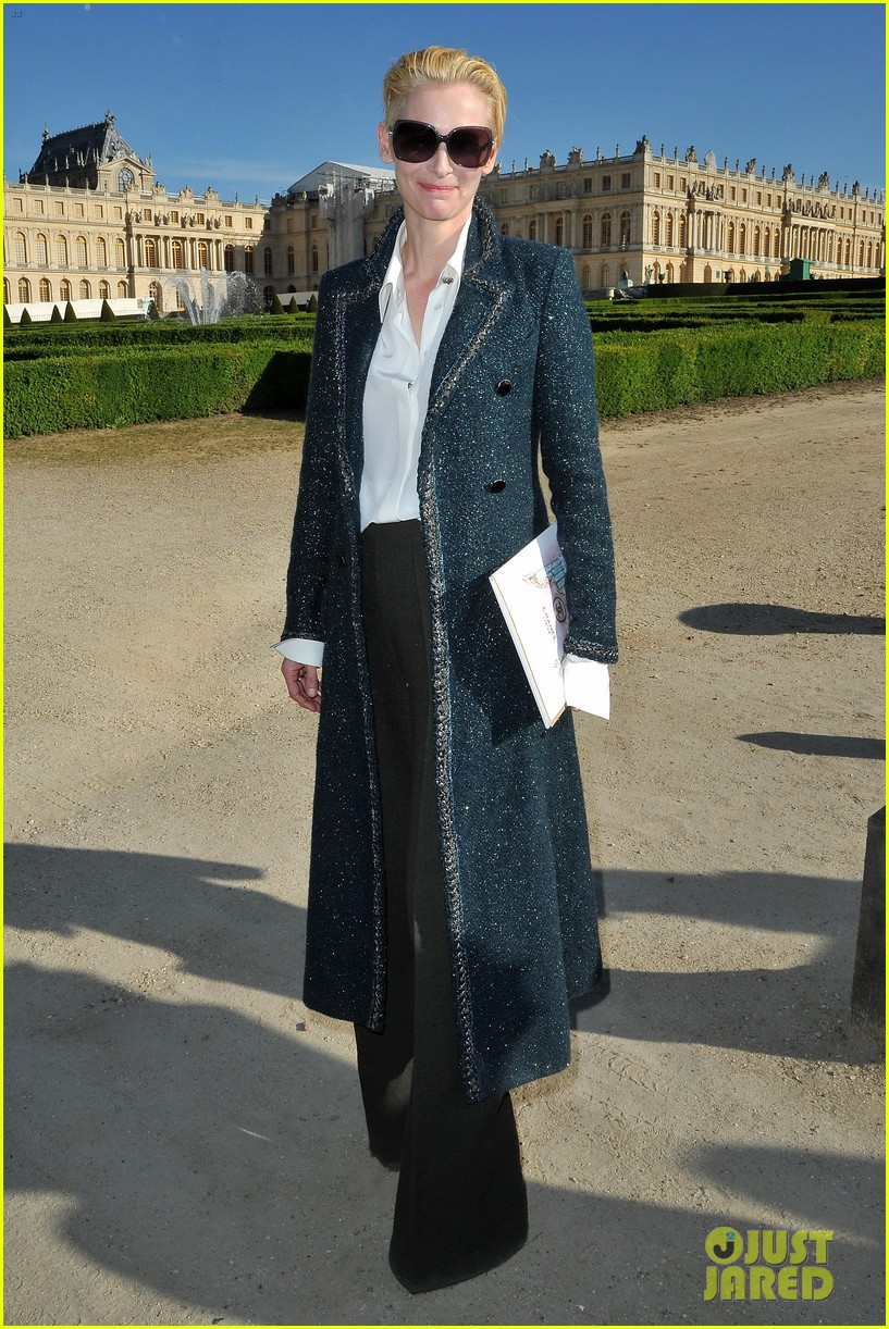 tilda swinton chanel cruise collection 012661953
