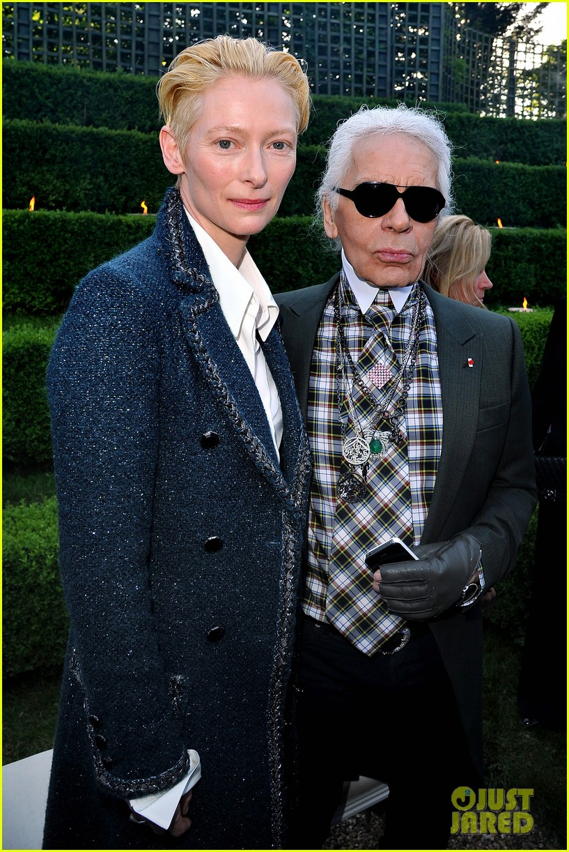 tilda swinton chanel cruise collection 022661954