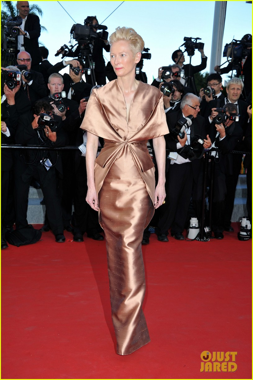 tilda swinton bruce willis moonrise kingdom premiere cannes 052662903