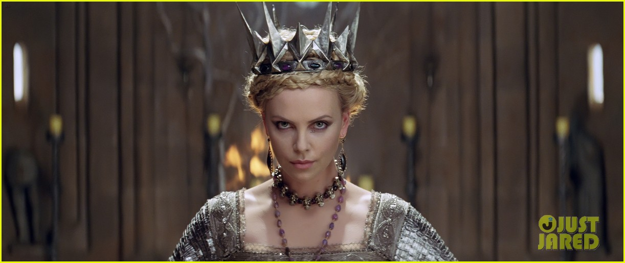kristen stewart charlize theron new snow white stills 16