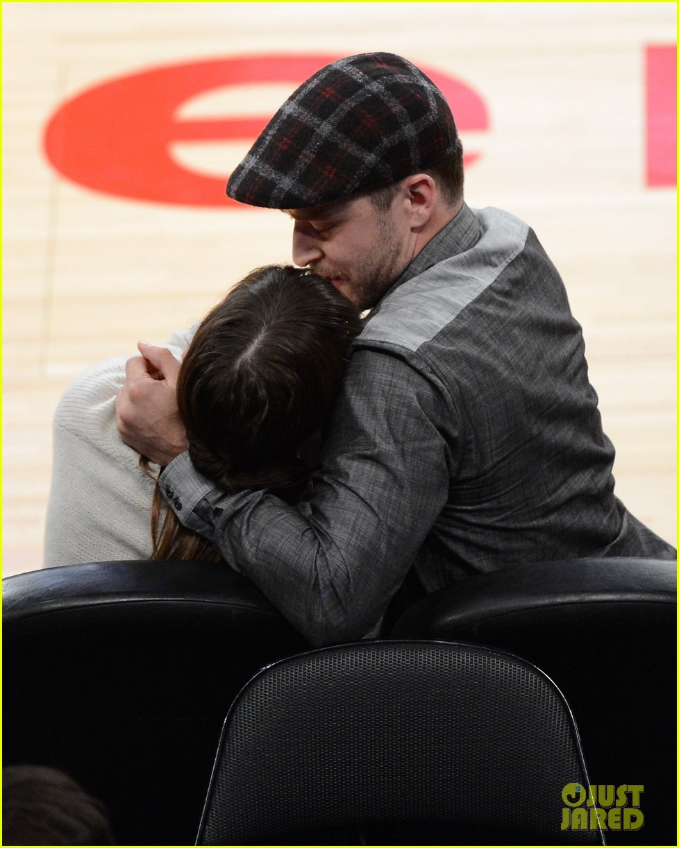 justin timberlake jessica biel lakers game 07