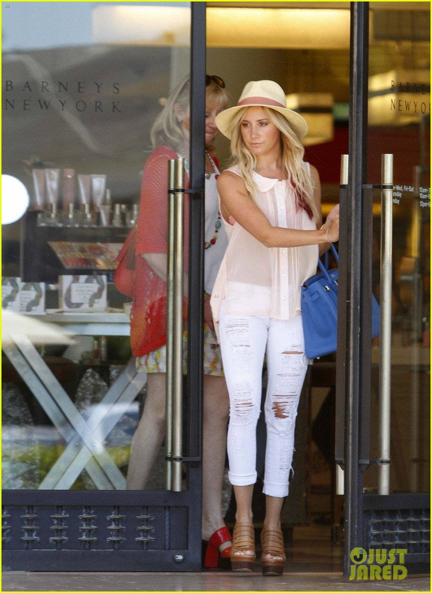 ashley tisdale barneys ny 012662307