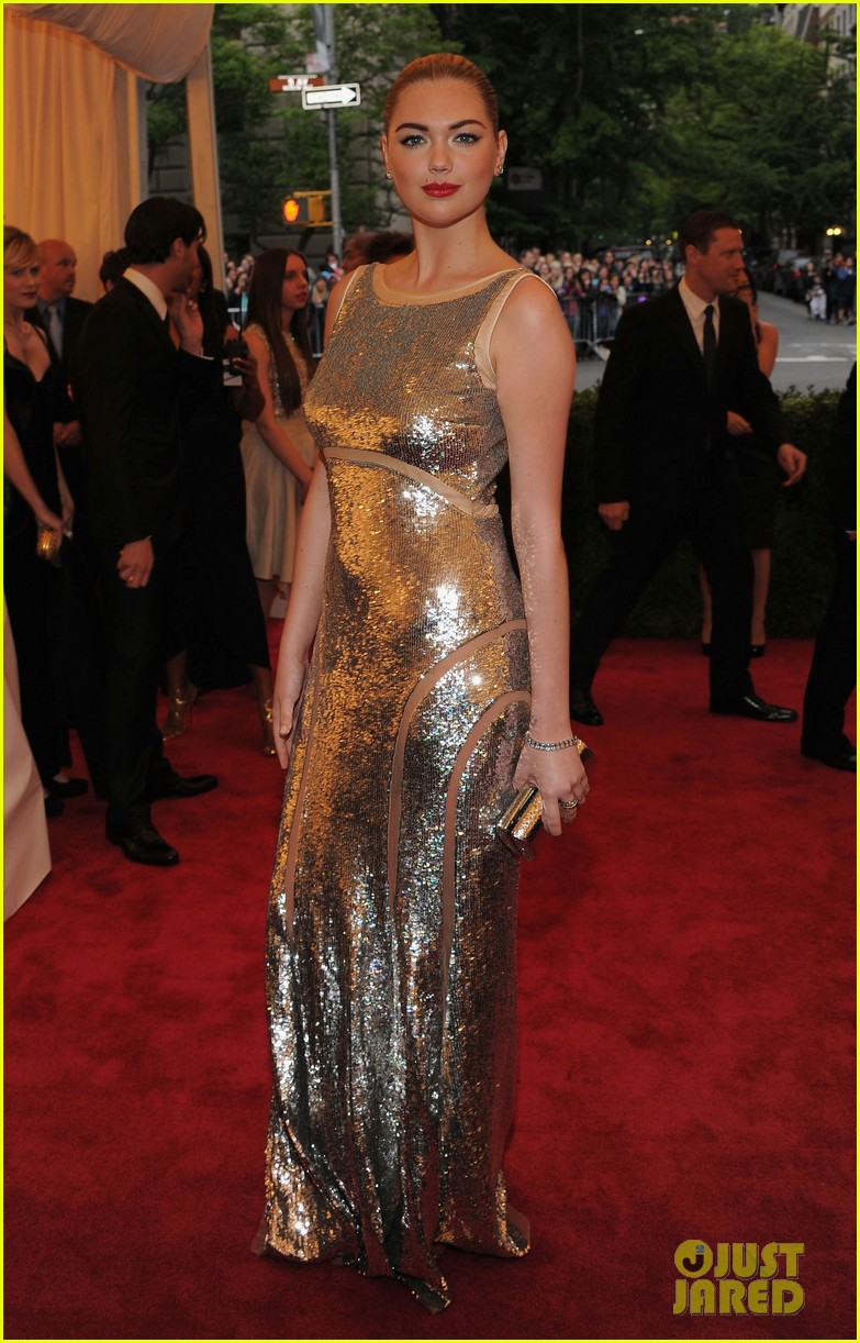 kate upton met ball 2012 012658652