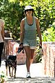 kate walsh walking dog 01