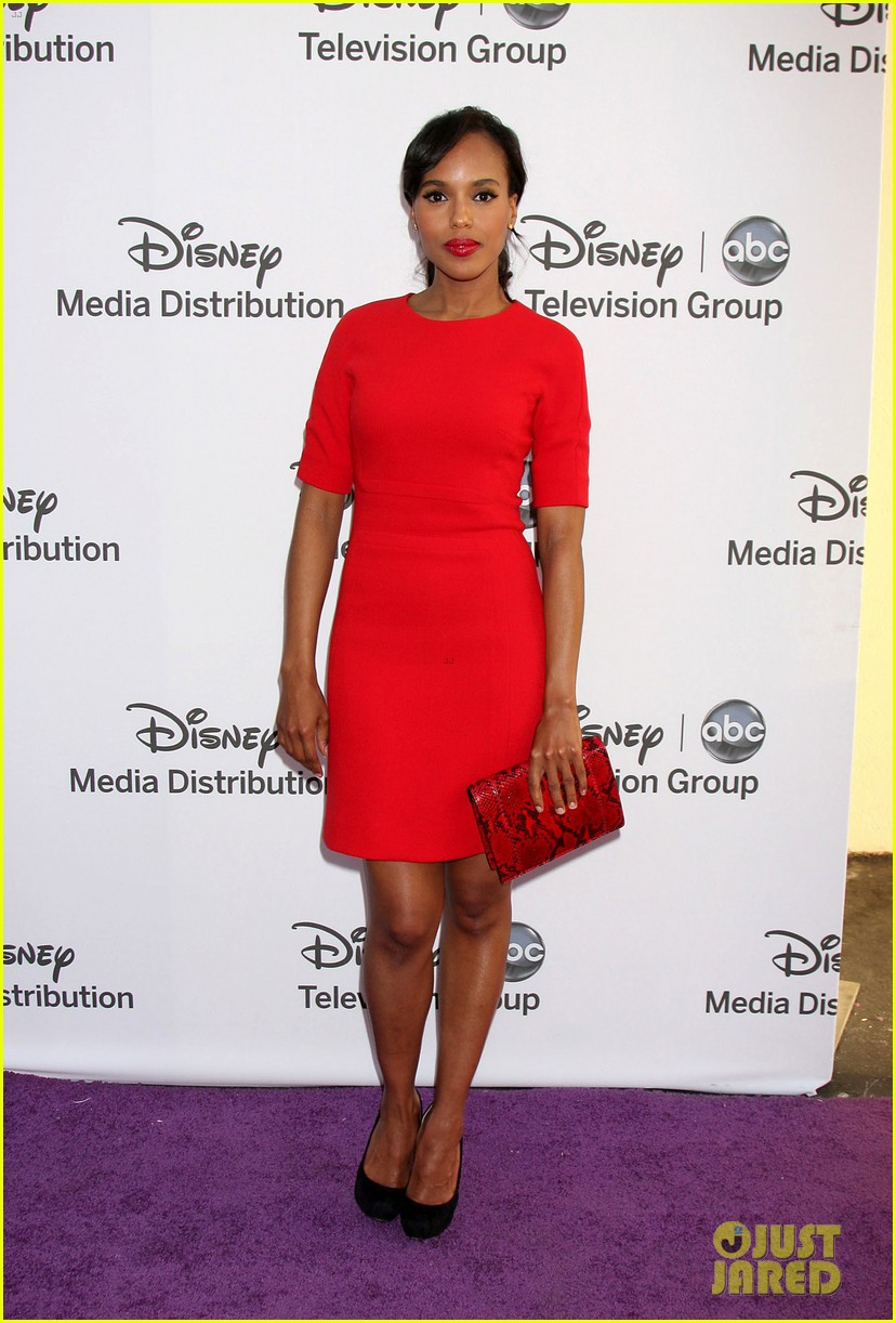 kerry washington ginnifer goodwin disney upfront 03