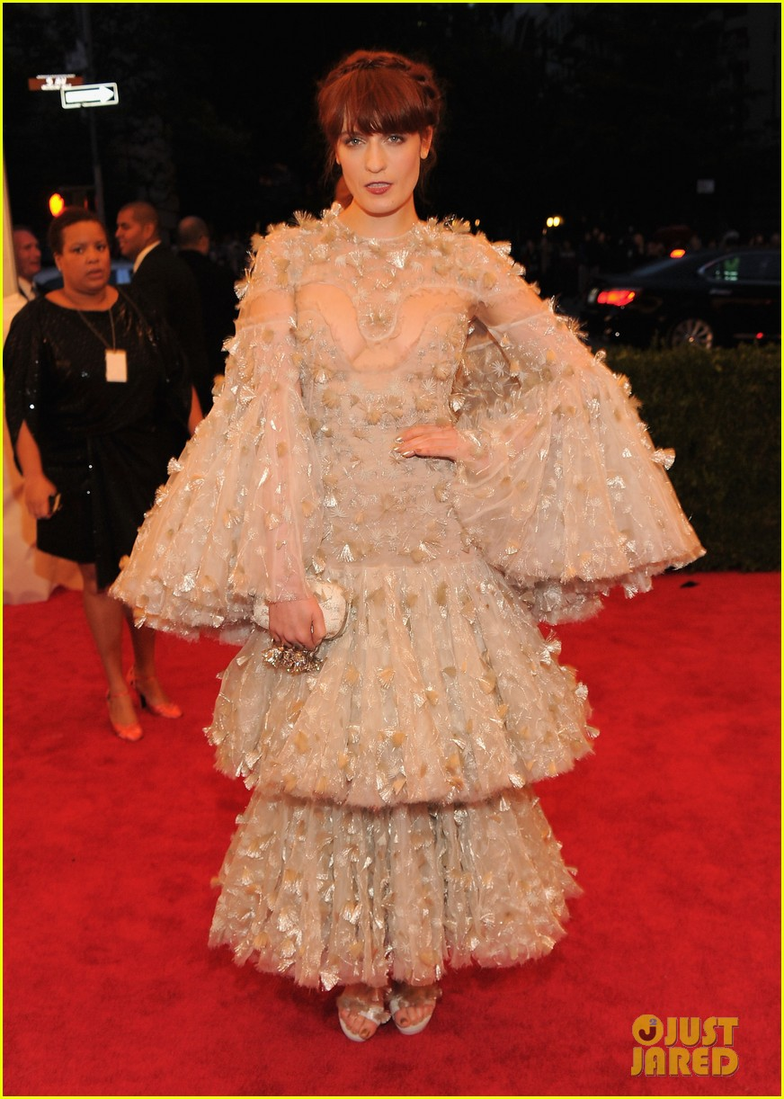 florence welch 2012 met ball 02