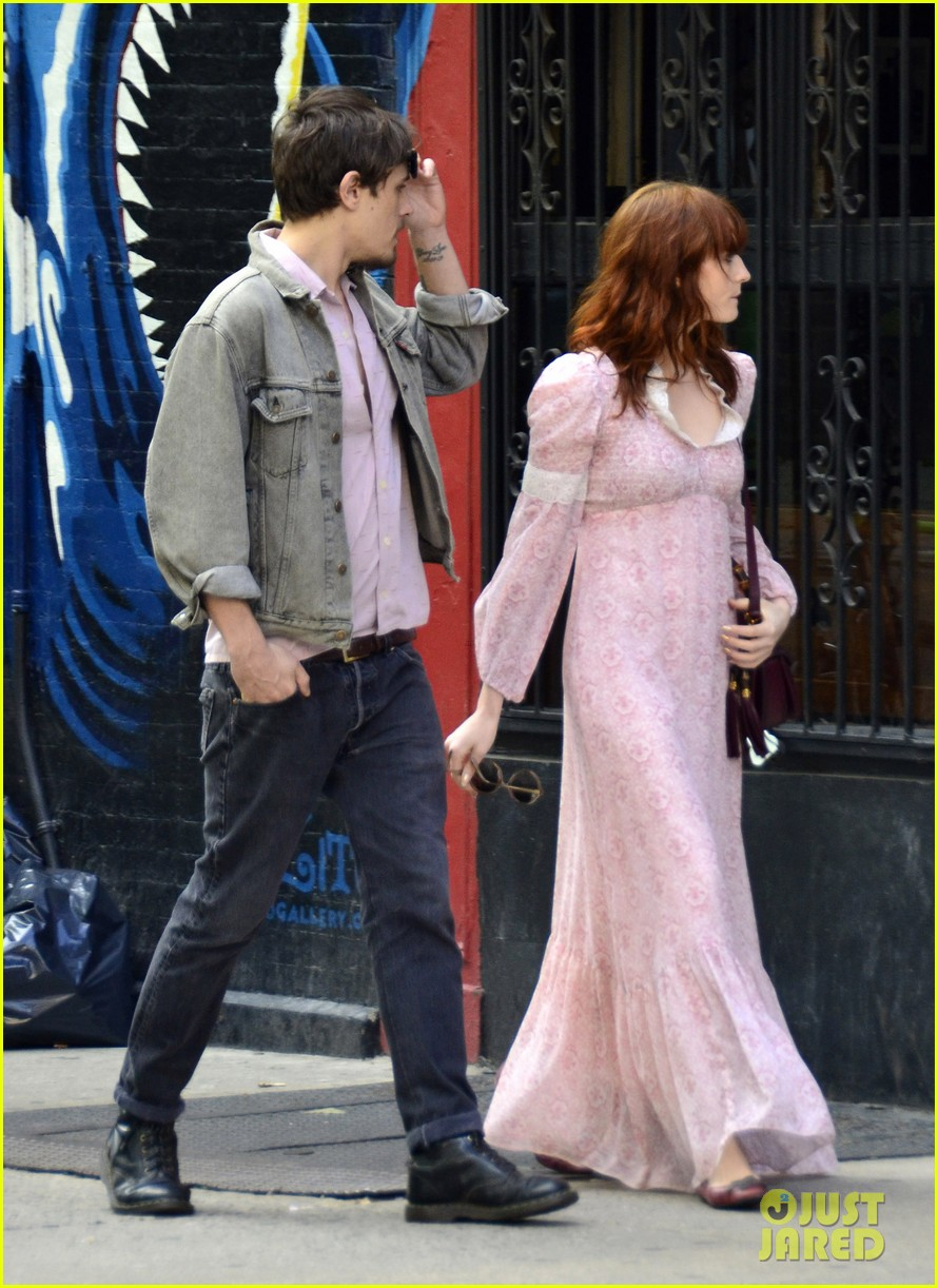 florence welch shopping 08