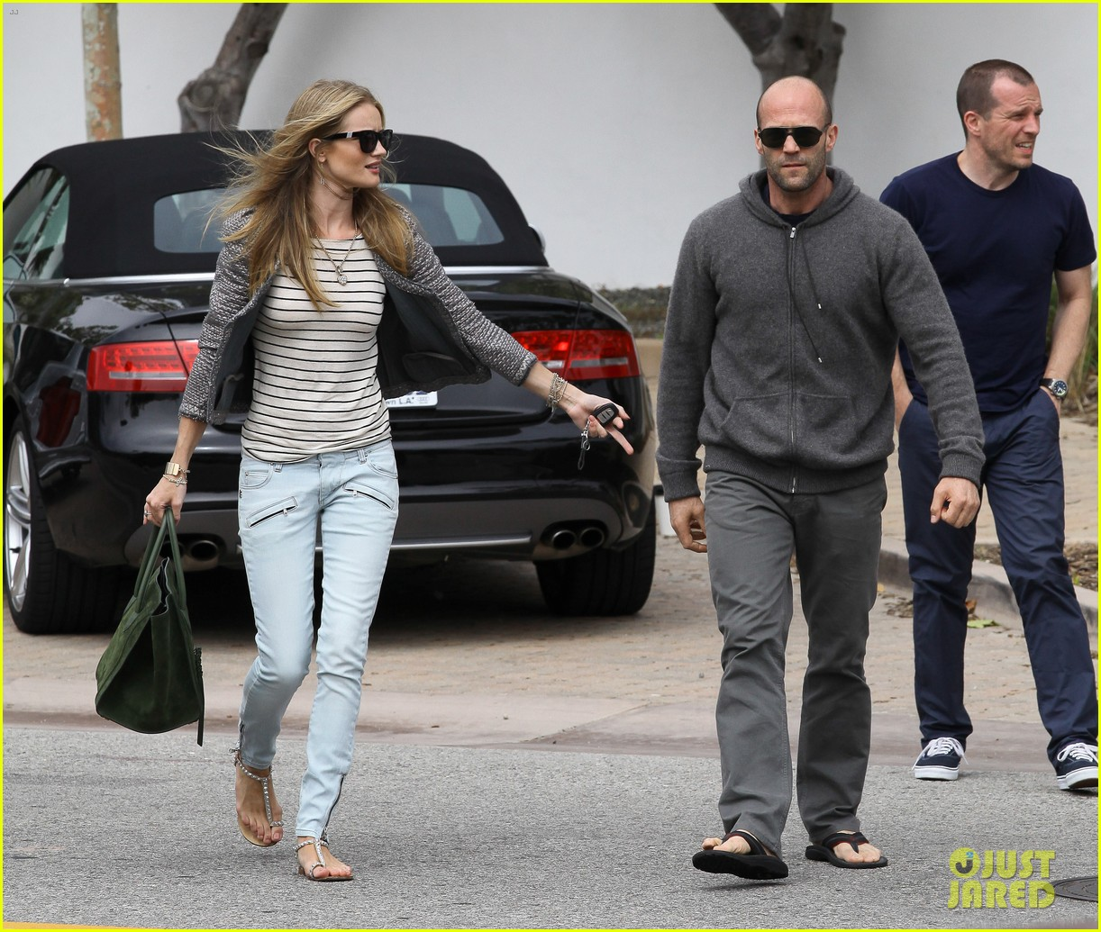 rosie huntington whiteley jason statham malibu mates 17