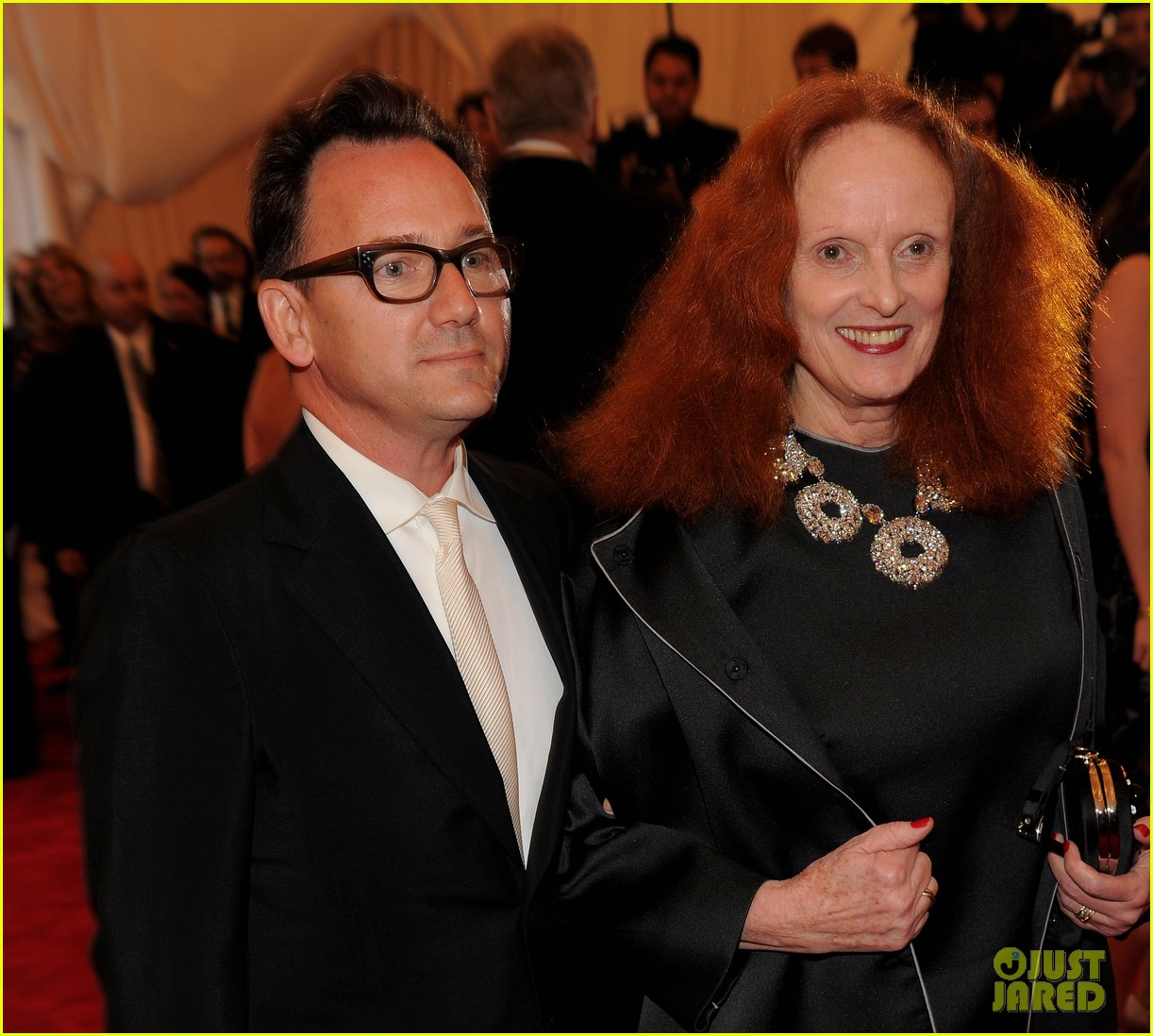 rita wilson grace coddington 2012 met ball 02