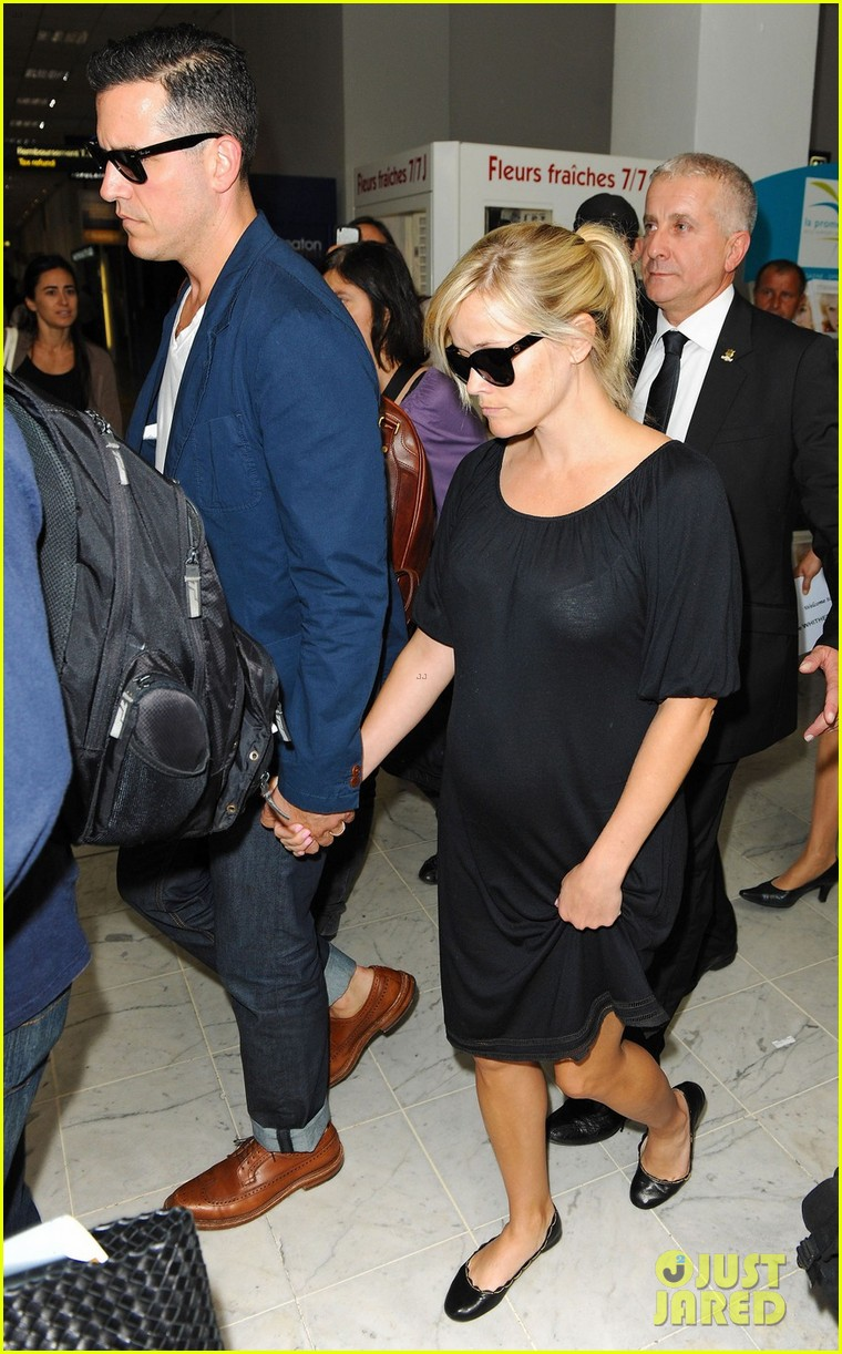 Reese Witherspoon &amp...
