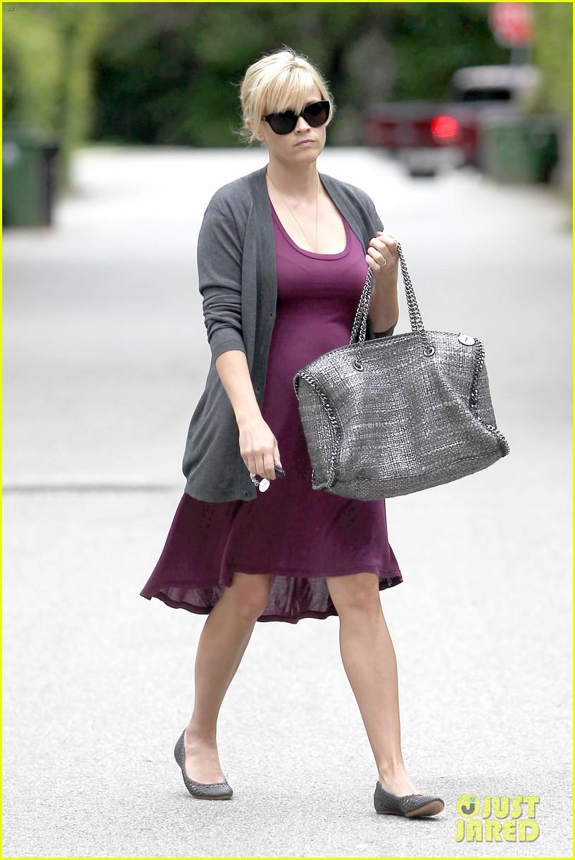 reese witherspoon purple dress 04