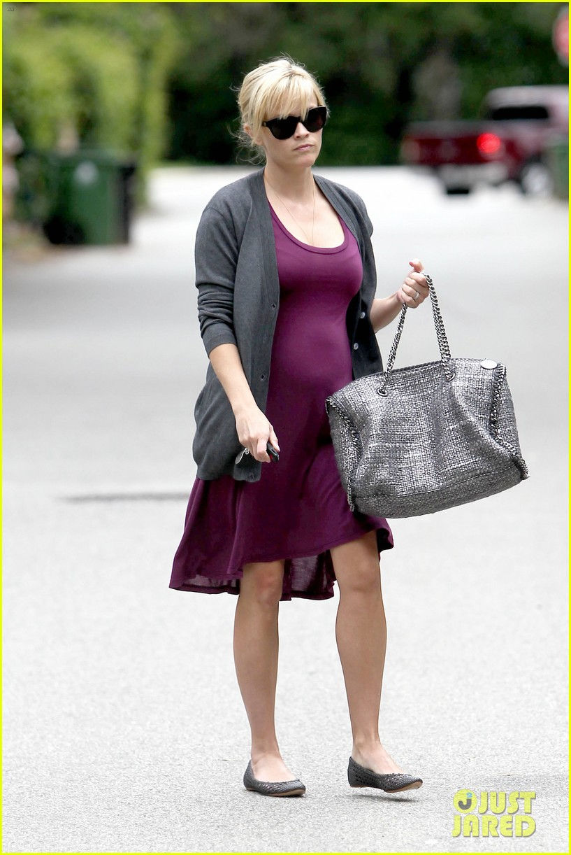 reese witherspoon purple dress 05