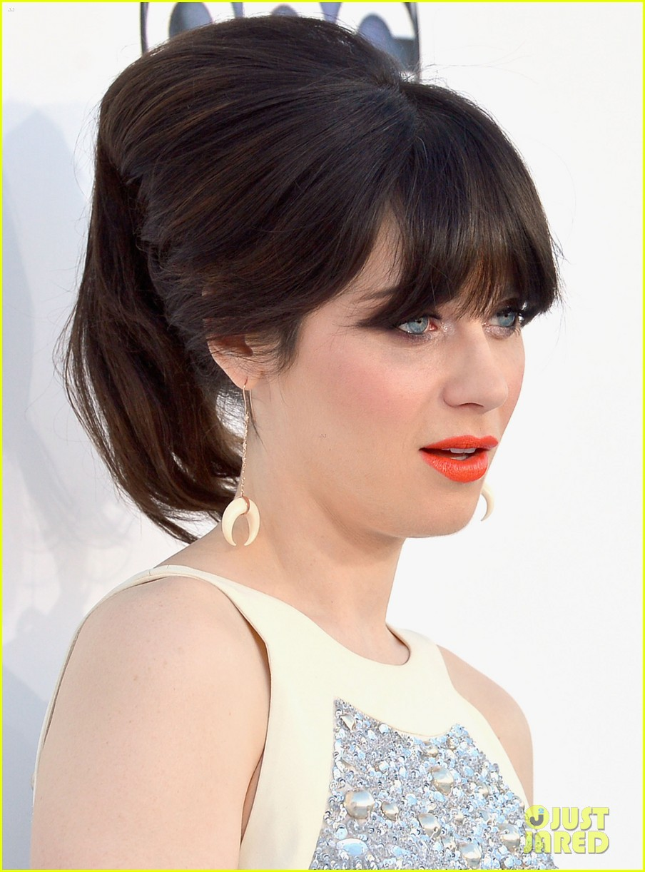 zooey deschanel billboard awards 2012 02
