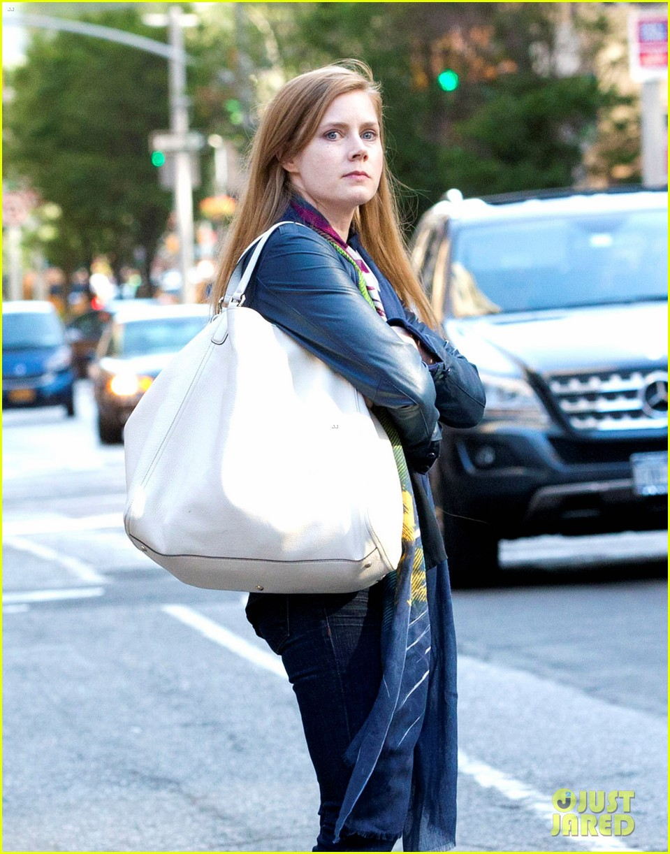 Amy Adams > Emma Watson