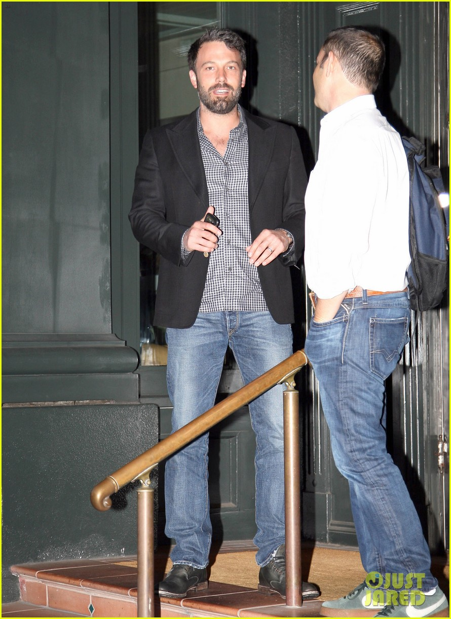 ben affleck solo stroll on anniversary 052681335