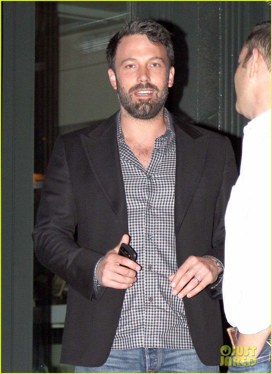 ben affleck solo stroll on anniversary 082681338