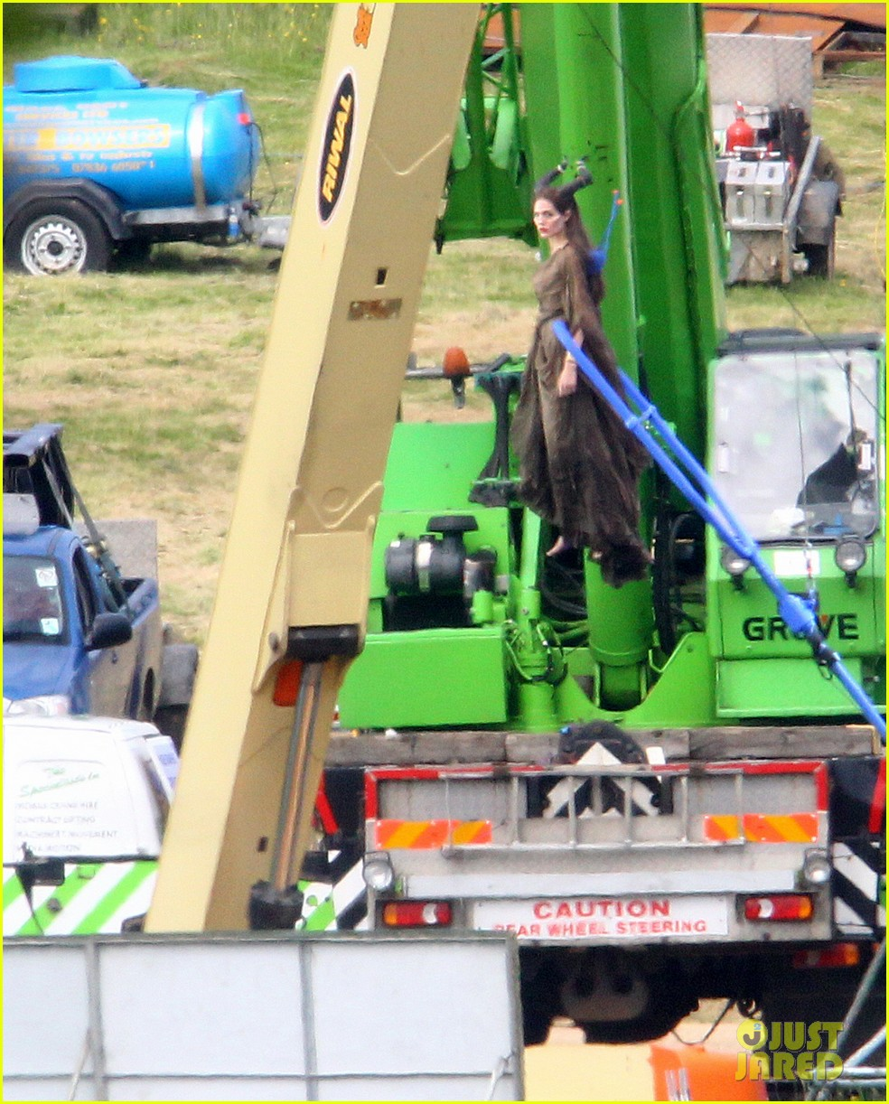 angelina jolie maleficent stunts 022679640
