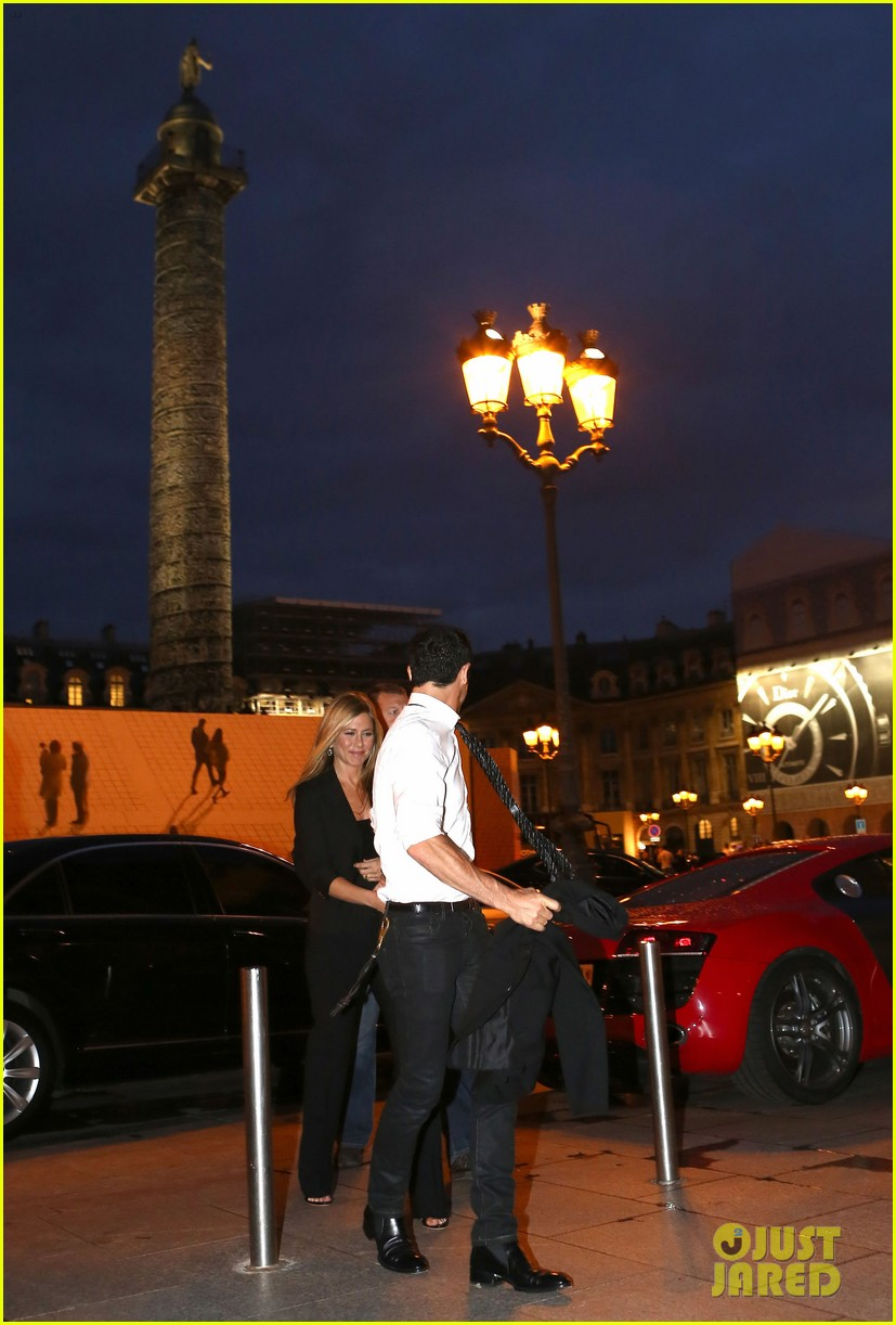 jennifer aniston justin theroux ritz carlton couple 03