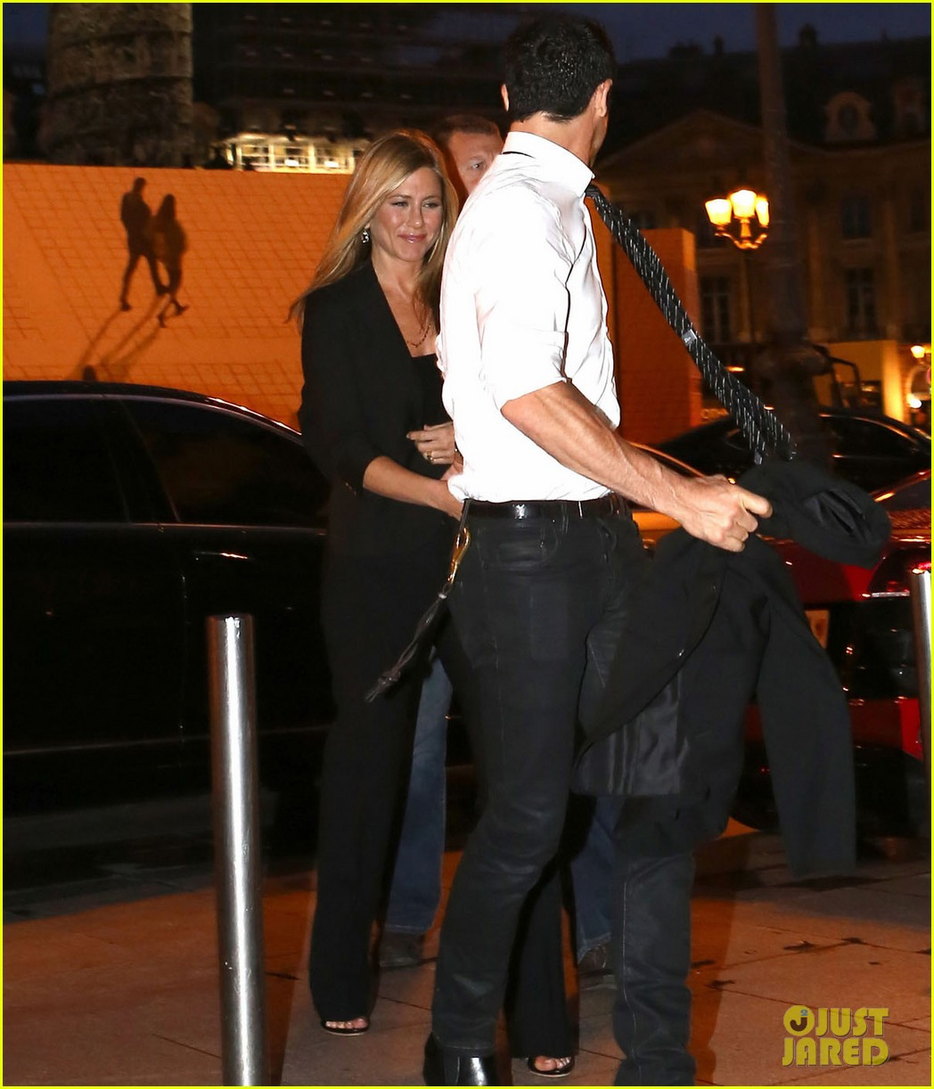 jennifer aniston justin theroux ritz carlton couple 102674917