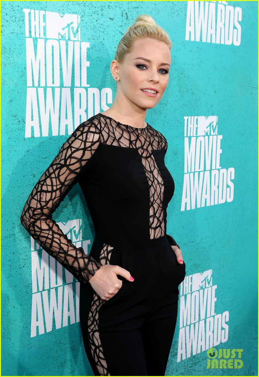 elizabeth banks mtv movie awards 2012 012670097