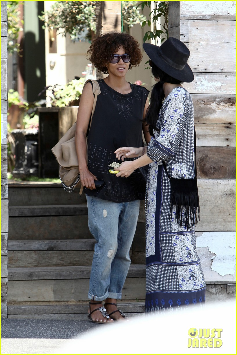 halle berry eveleigh lunch 042673747