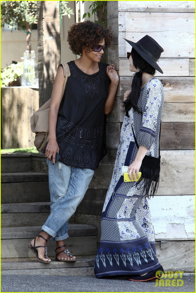 halle berry eveleigh lunch 132673756