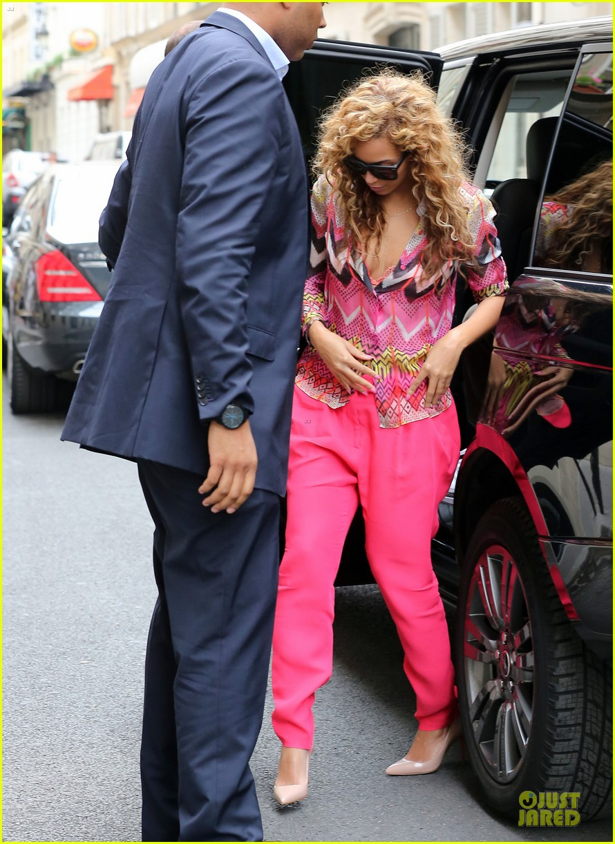 beyonce jay z paris blue 01