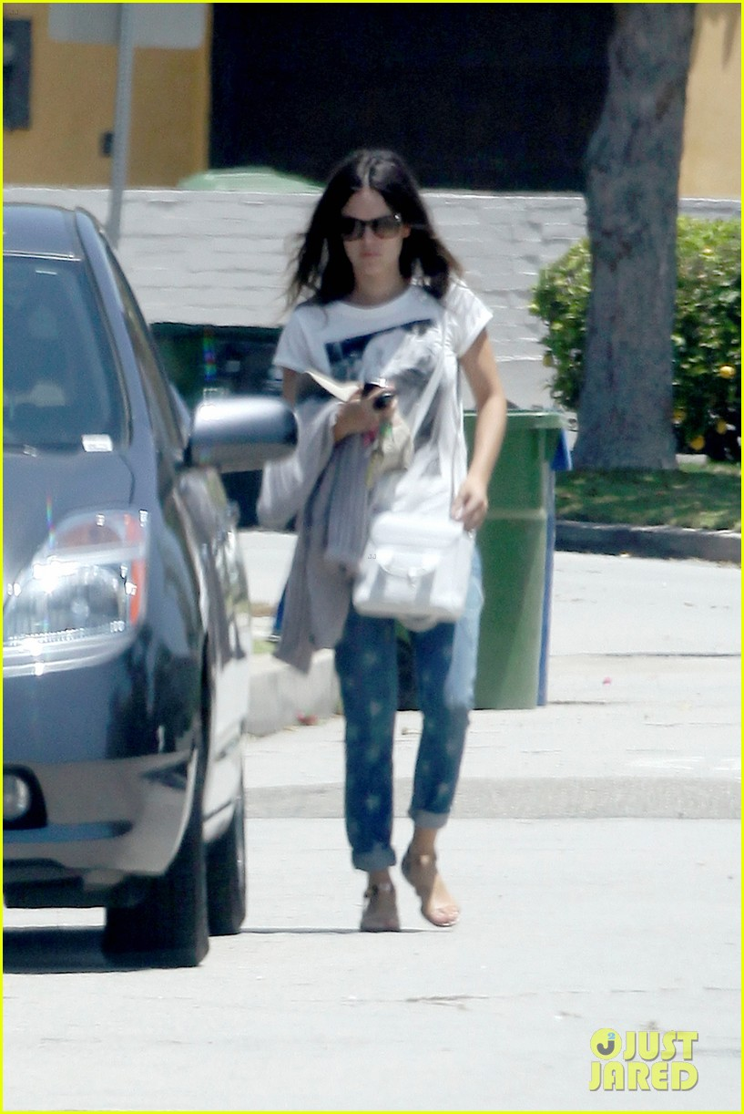 hayden rachel out and about 02