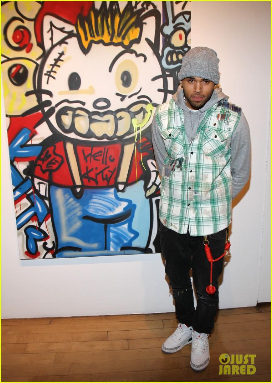 Chris Brown Dum English Art Show Launch Photo 2673998