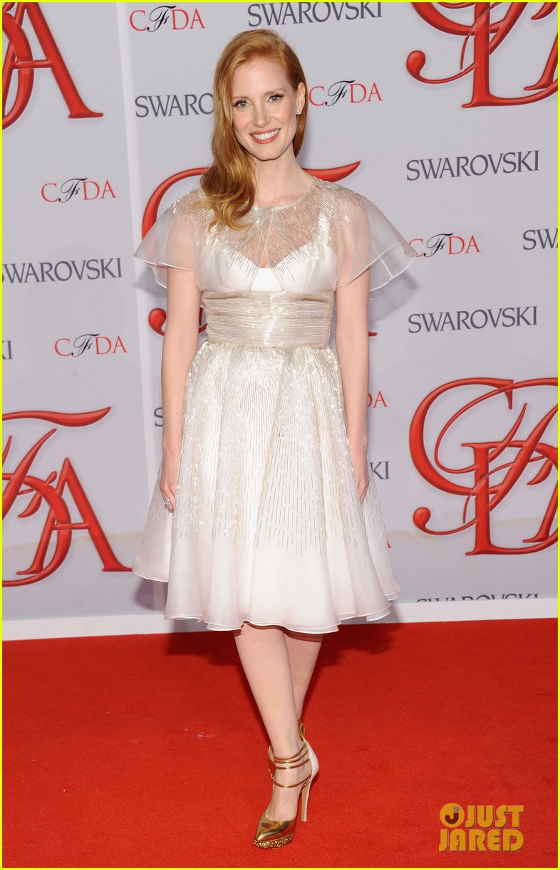jessica chastain cfda fashion awards 2012 01
