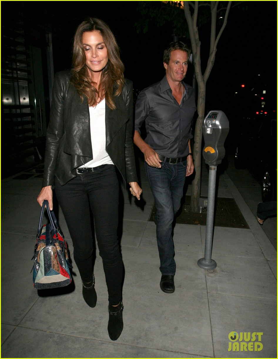 george clooney stacy keibler date night 042672180