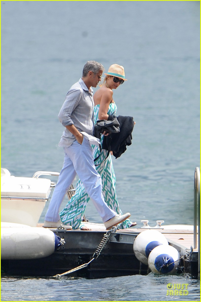 george clooney stacy keibler lake como cruise 04