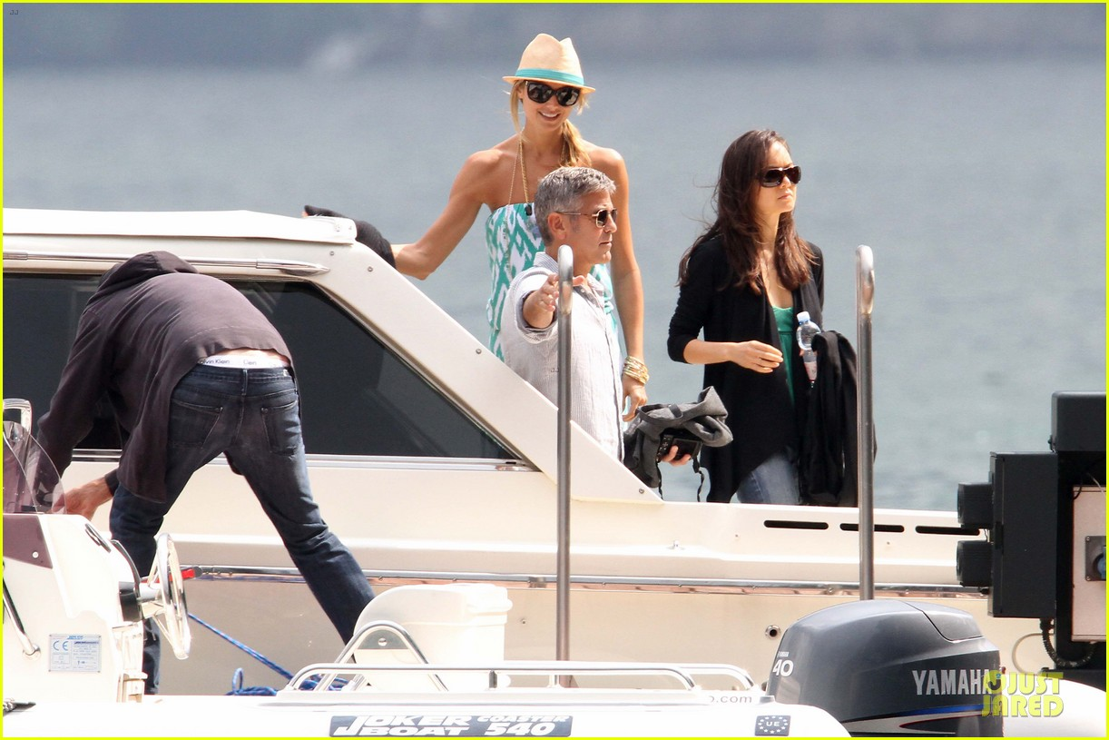george clooney stacy keibler lake como cruise 05
