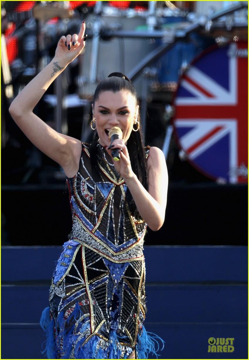 cheryl cole diamond jubilee concert 092670429