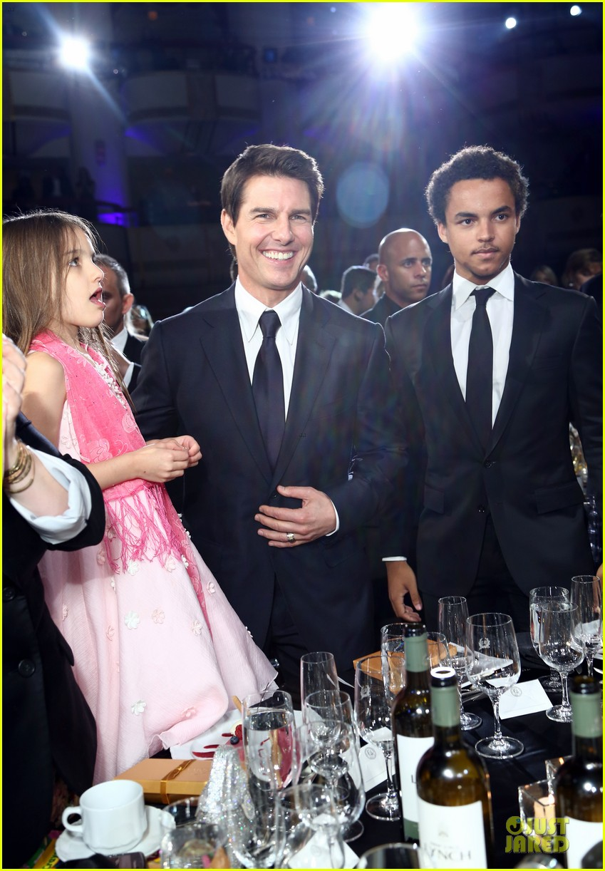 Tom Cruise Nypd Meet And Greet Photo 2674618 Celebrity Babies