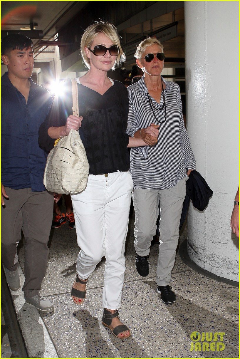 ellen and portia lax arrival 06