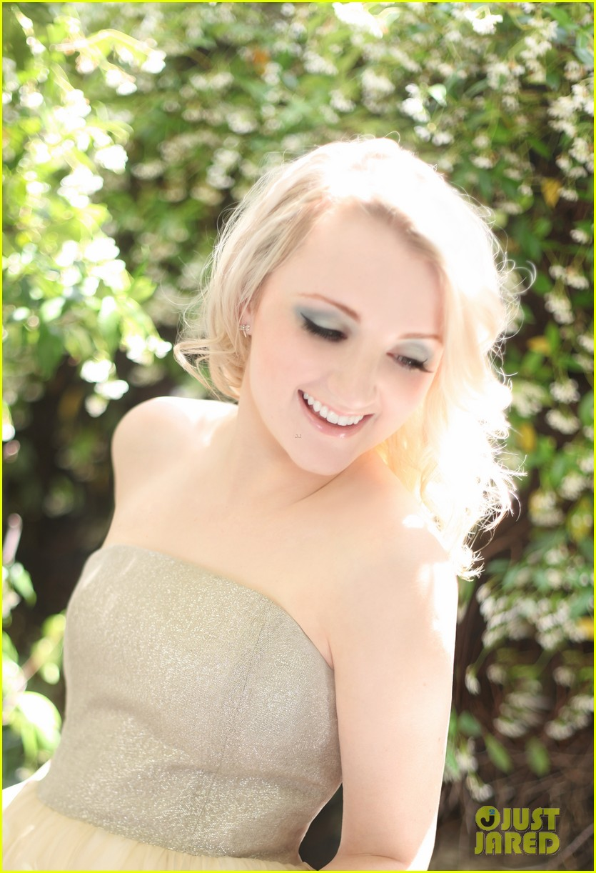evanna lynch just jared photo shoot 052669226