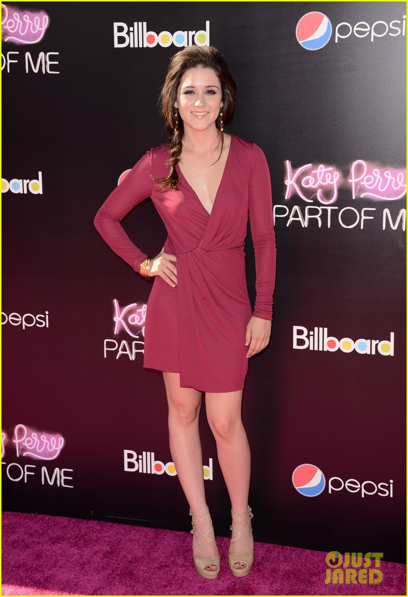 selena gomez katy perry part of me premiere 052679826