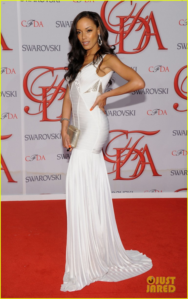 erin heatherton selita ebanks cfda fashion awards 2012 05