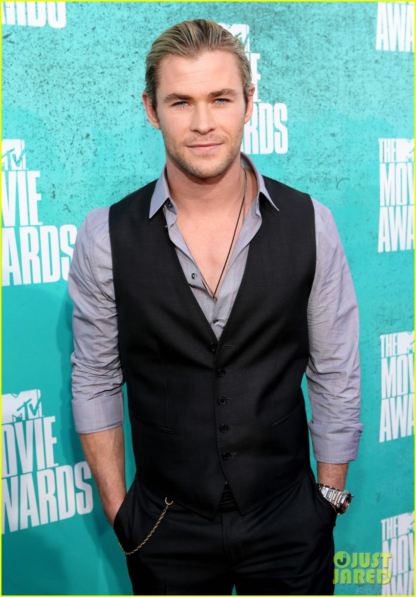 hemsworth mtv awards 07