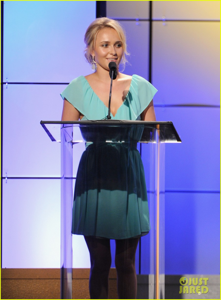 christina hendricks emmy rossum critics choice tv awards 052676862