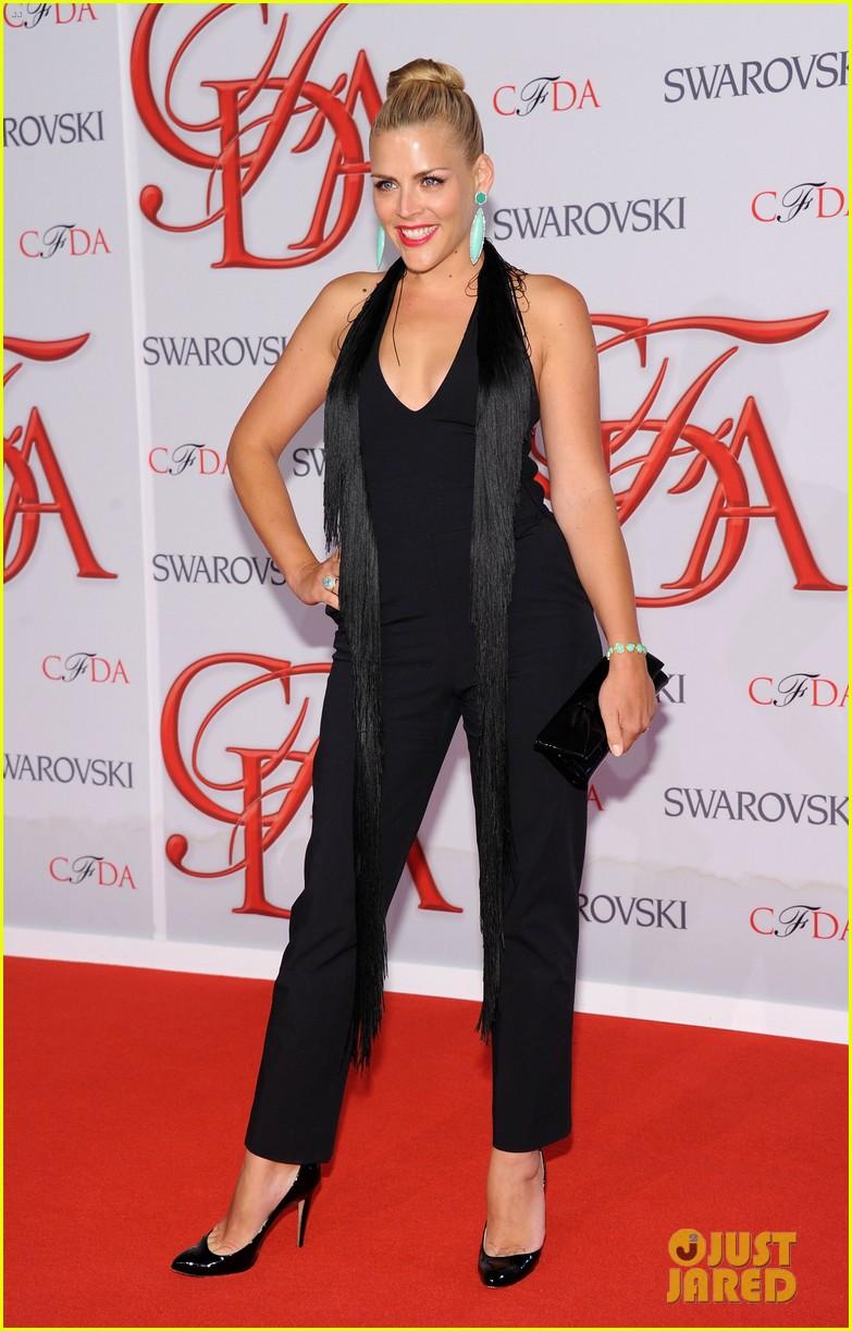 julianne hough busy philipps cfda fashion awards 2012 042670458