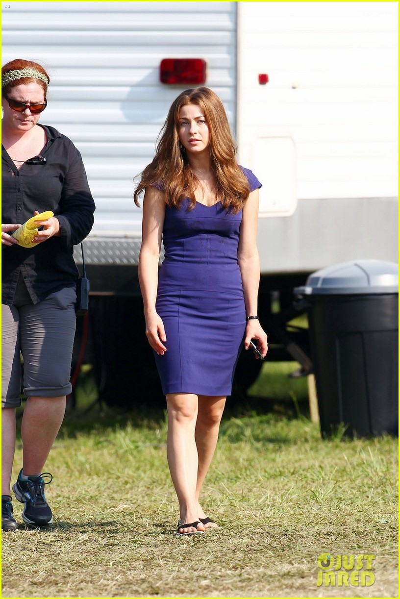 Julianne Hough Dark Hair On The Set Of Safe Haven Photo 2677444