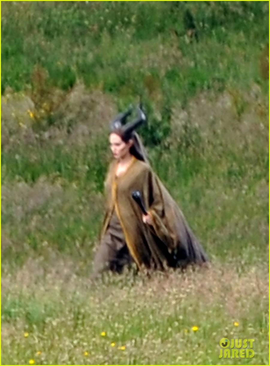 angelina jolie maleficent calvary scene 012680446
