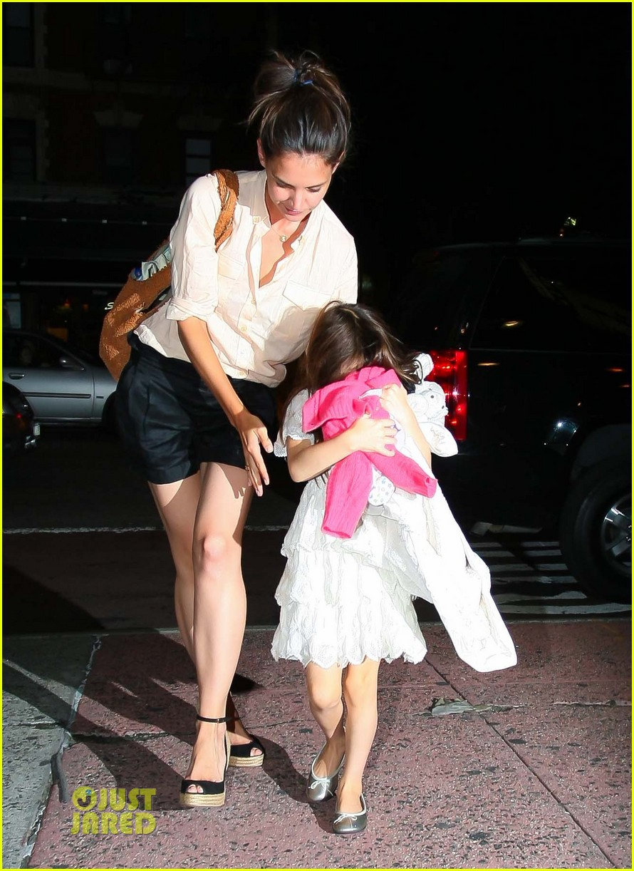 katie holmes suri cruise brave movie 02
