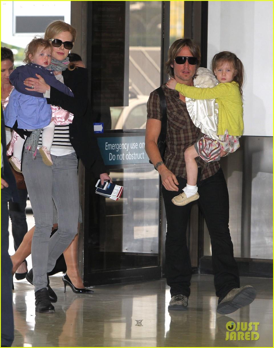 nicole kidman family sydney departure 012678033