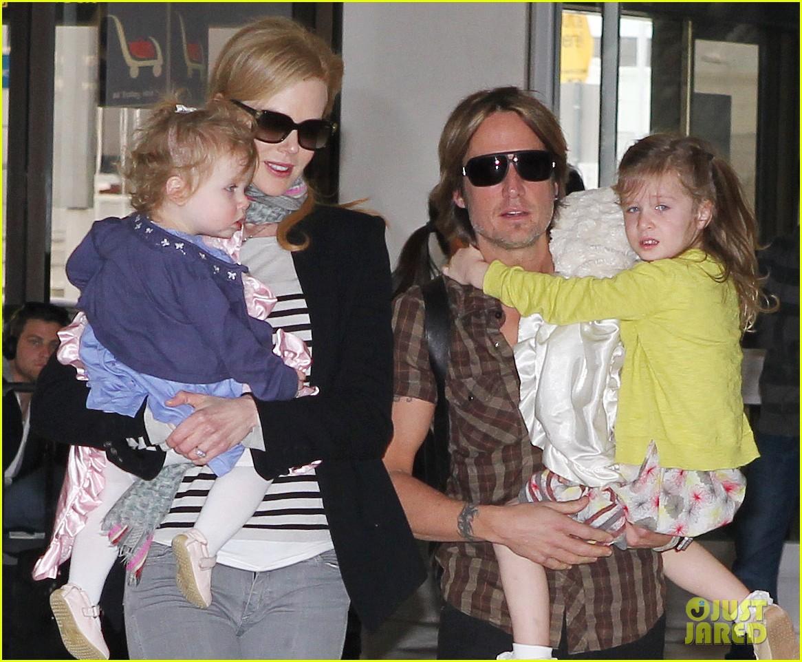 nicole kidman family sydney departure 022678034