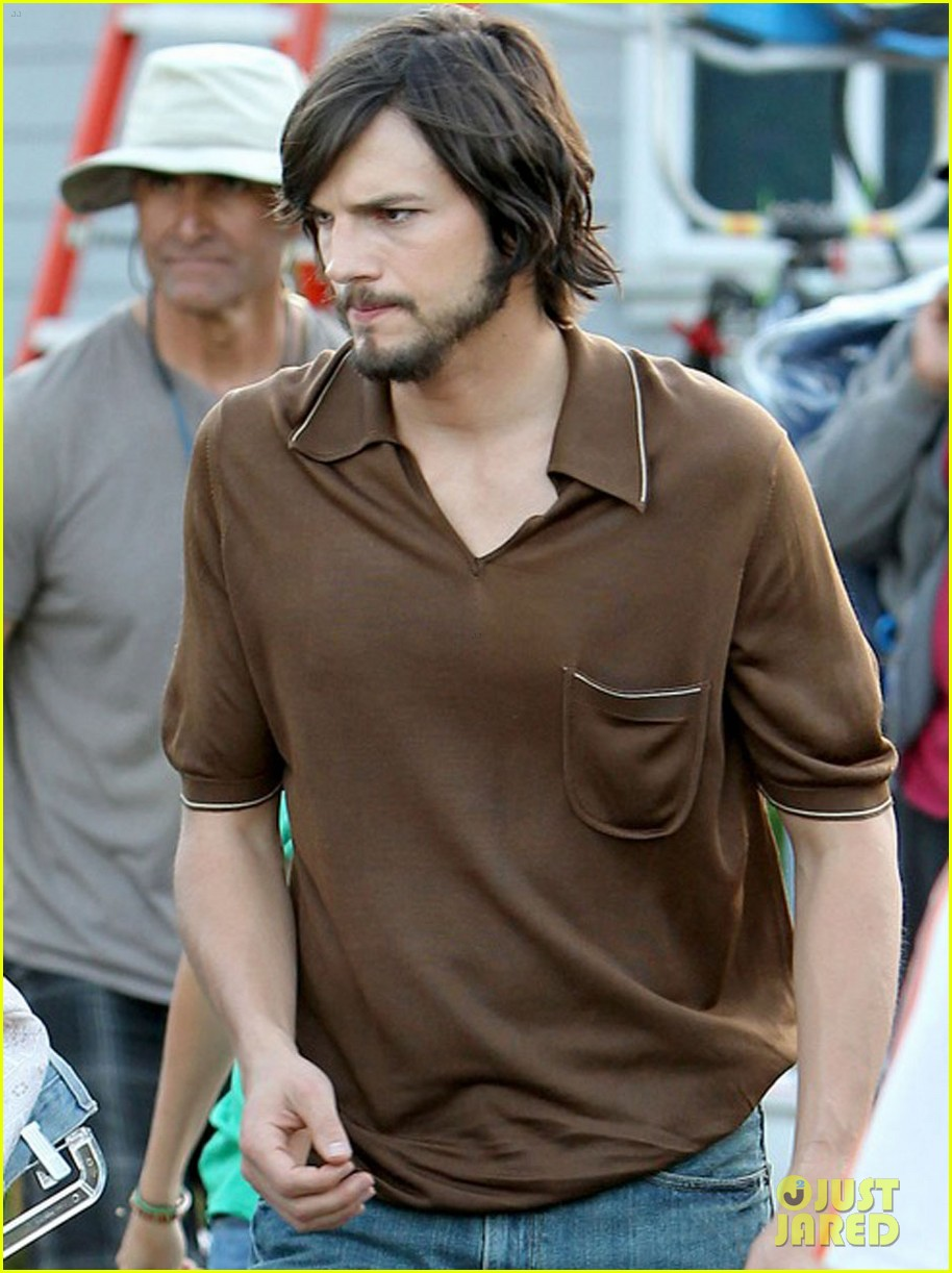 ashton kutcher filming for jobs 08